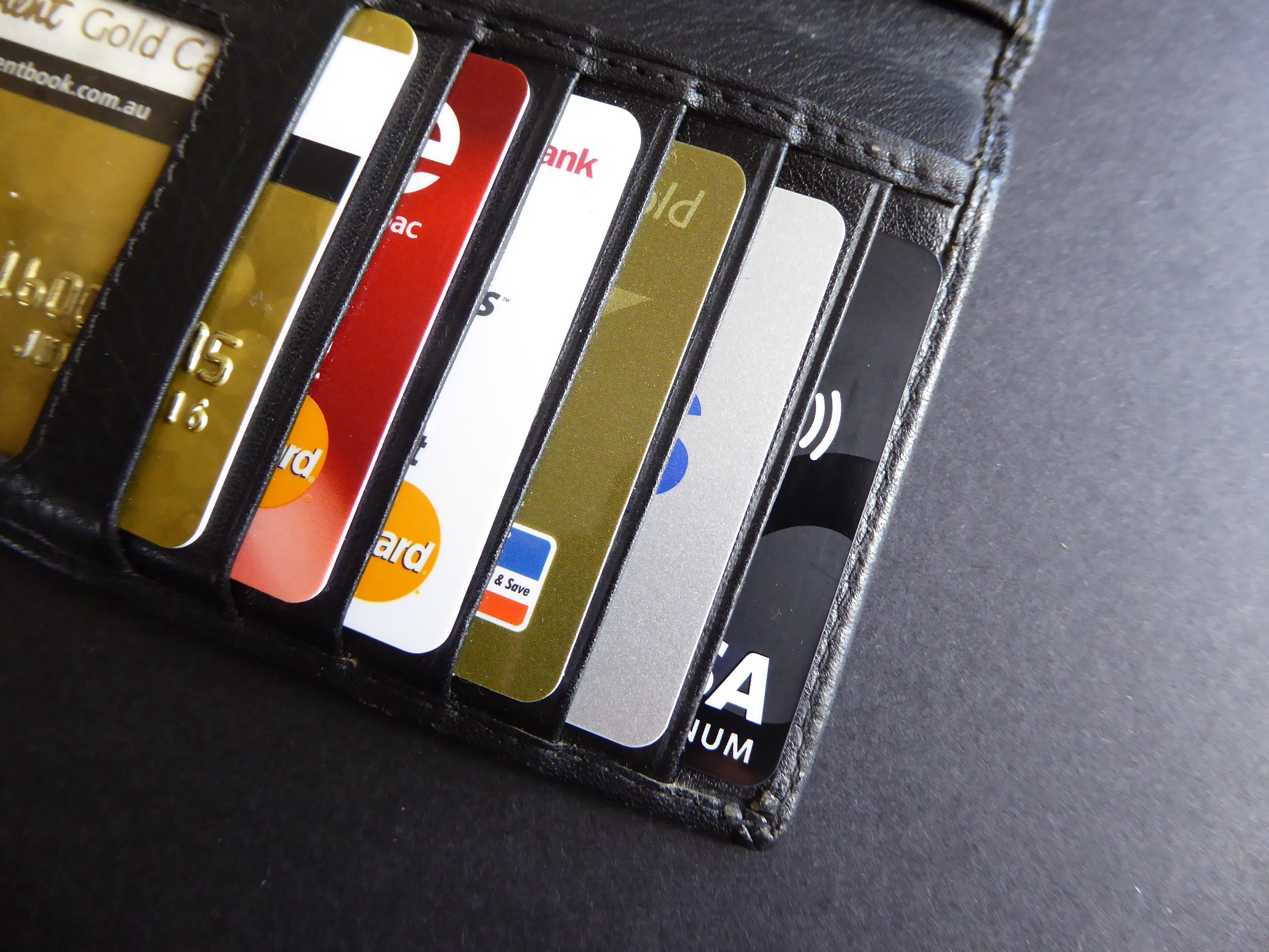 Какую кредитную карту лучше оформить