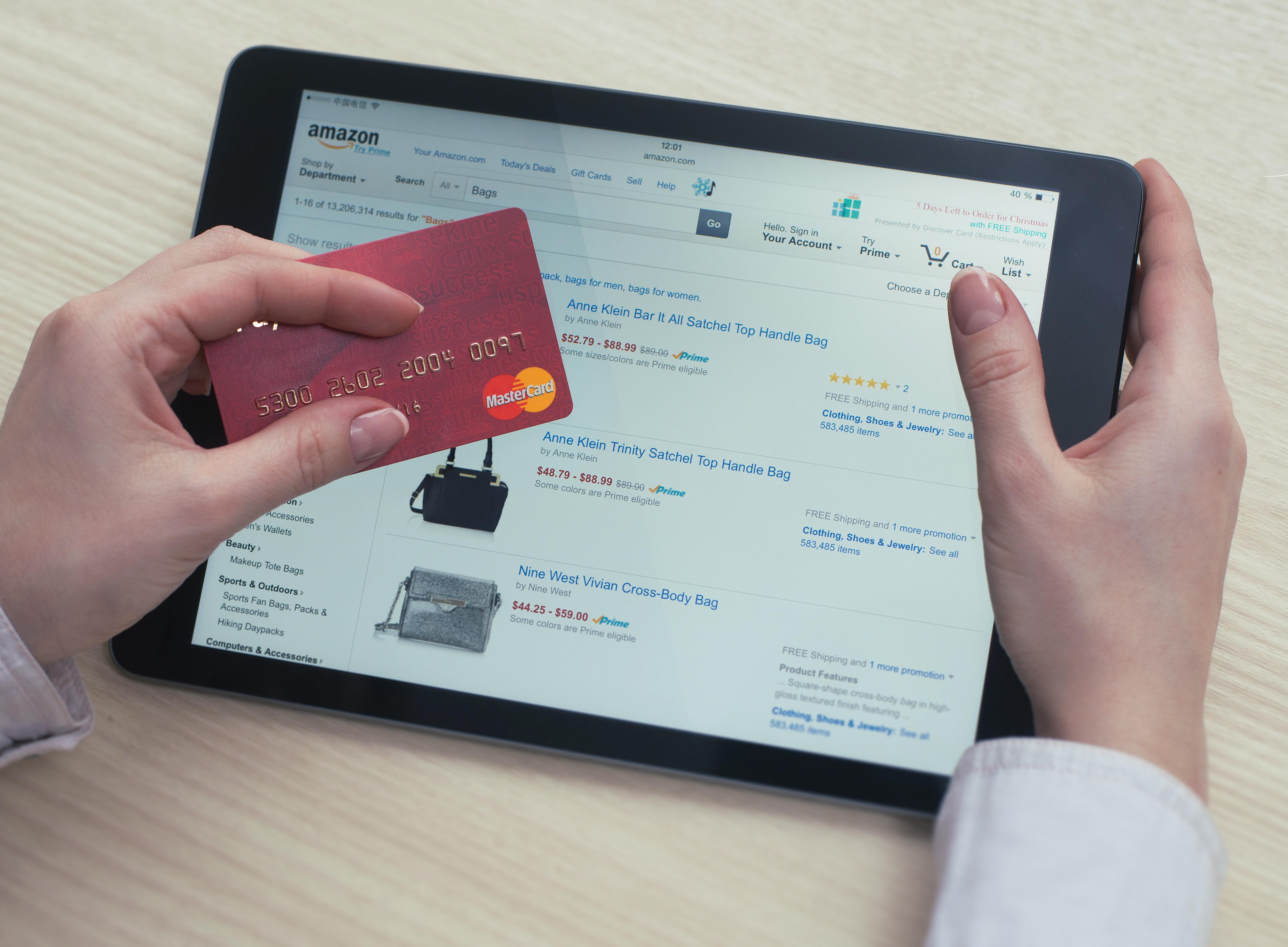 Можно ли оплатить кредит кредитной картой